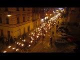 Смолоскипна хода Україна ( факельное шествие памяти Героев Крут 1918 мітинг 2012 )..2